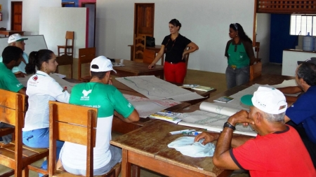 CHTP: Pescadores participam de curso sobre associativismo