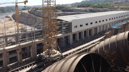 Companhia Hidrelétrica Teles Pires prevê produção de energia para o início de 2015