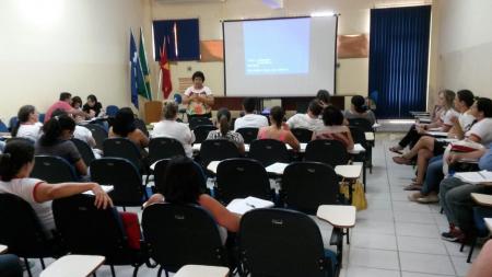 Pós-graduação discute Plano de Proteção e Defesa dos Direitos da Criança e do Adolescente