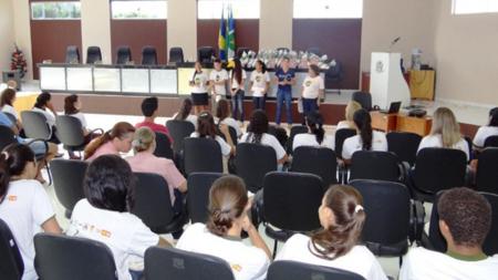 Projeto capacita jovens para o combate à violência e exploração sexual