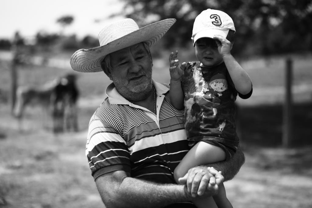 Série Retratos - Parte 02: De avô para neto